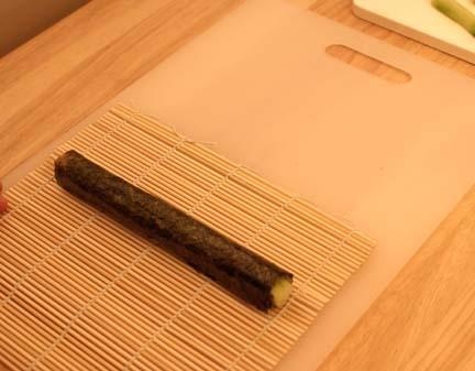 Making cucumber roll